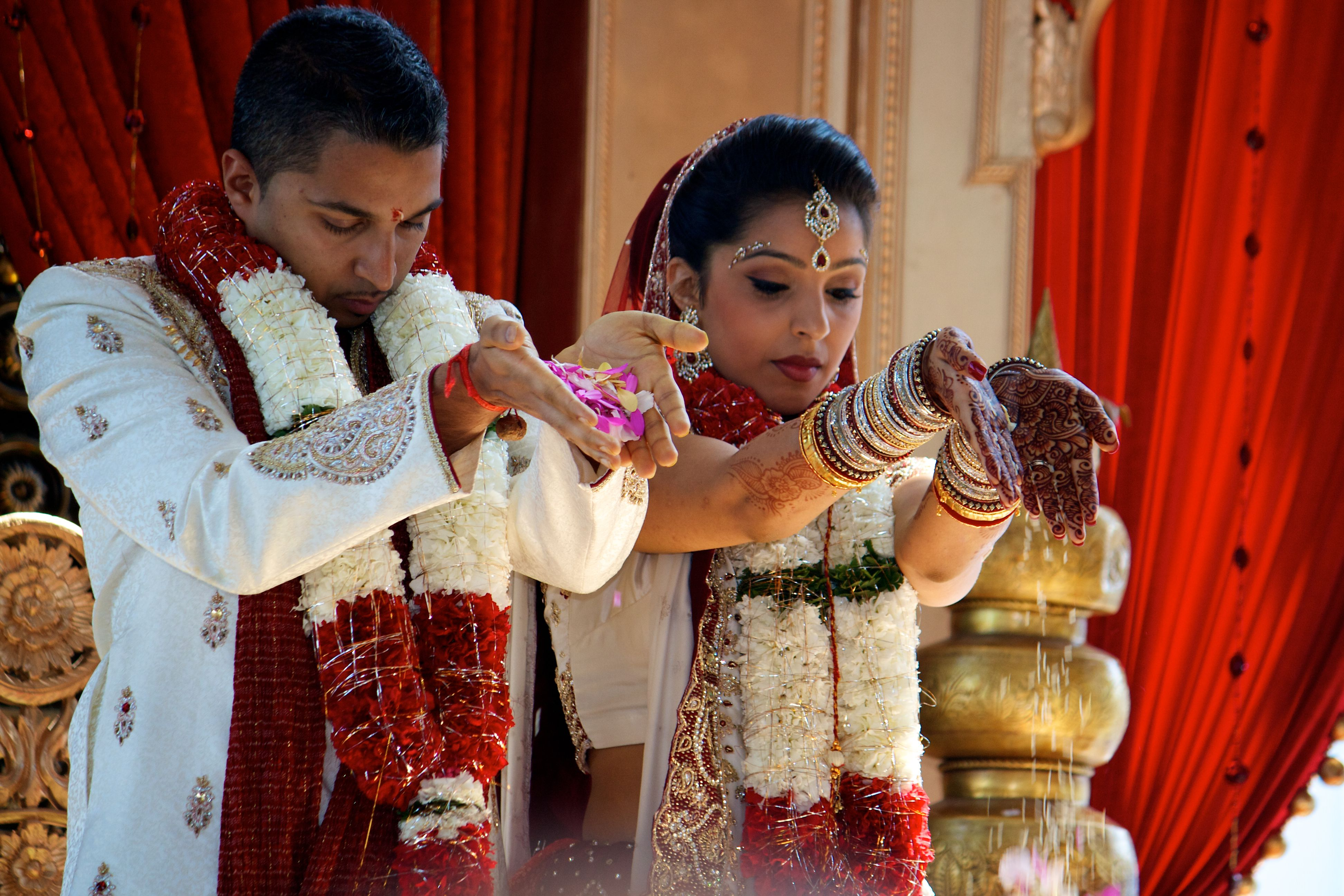 arranged marriage in midnights children Love and marriage by d'vera cohn americans believe that love is the main foundation of marriage most who never have been married say they would like to be at some point in their lives.