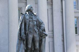 Statue of George Washington in Washington DC