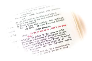 Shakespeare's Hamlet: To Be or Not to Be quote in red