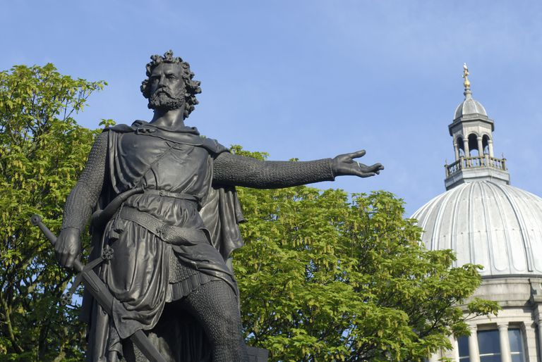William Wallace statue. Aberdeen, Scotland, UK