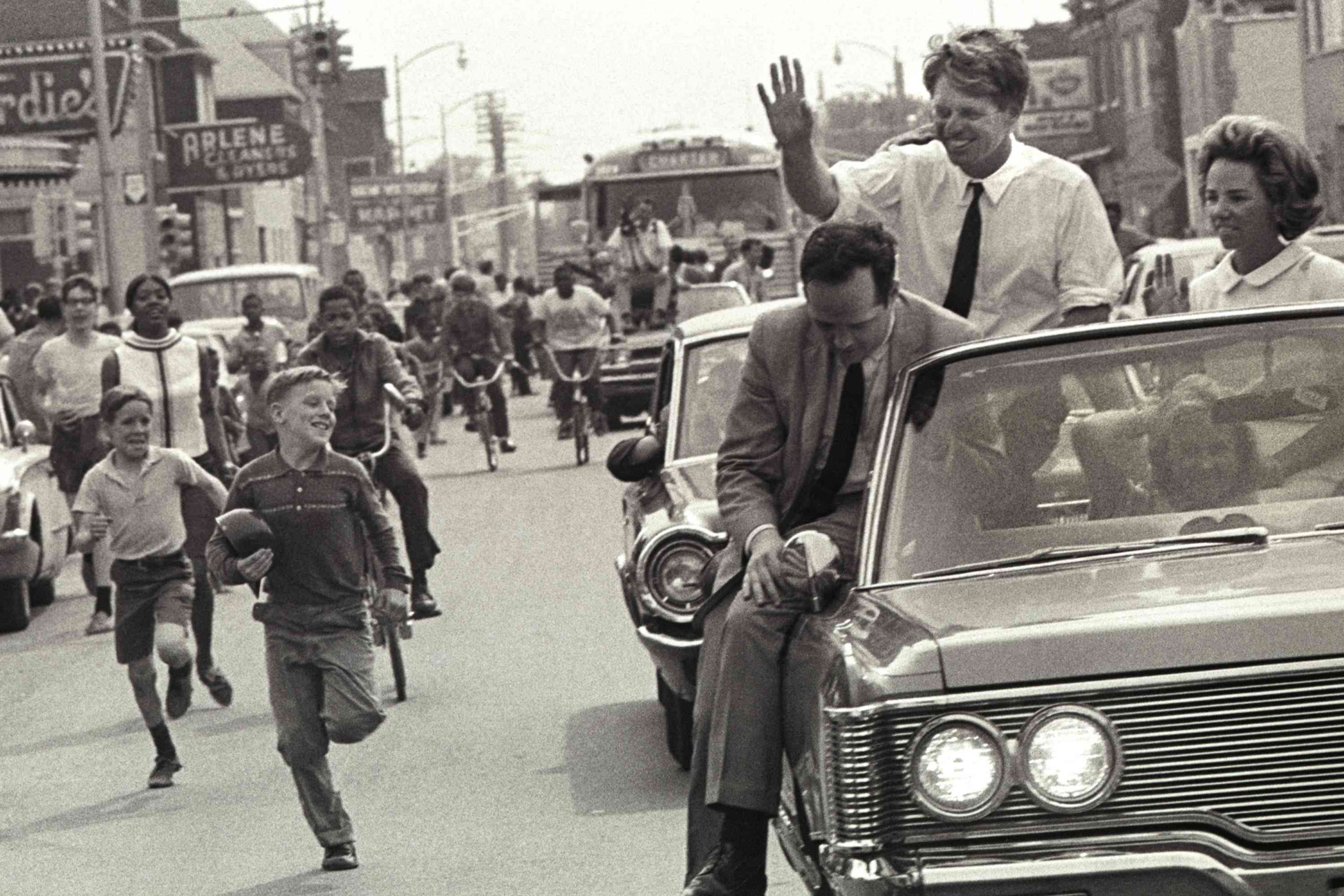 photo of Robert Kennedy campaigning in Detroit