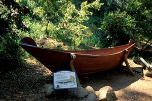 Chumash Tumol Boat