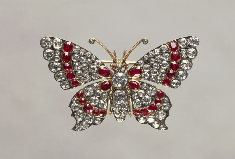 broach and brooch