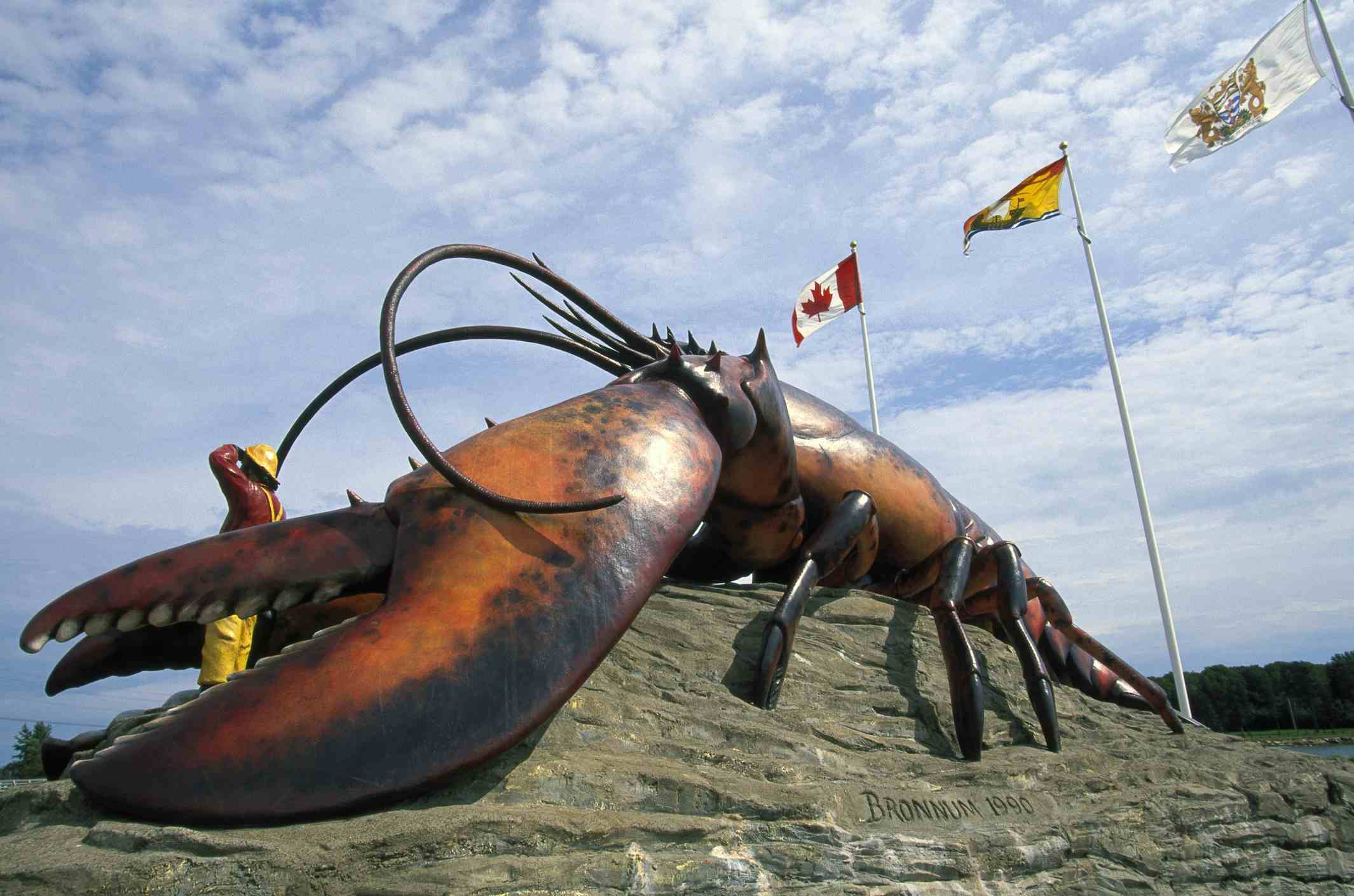 World's Largest Lobster, New Brunswick / Walter Bibikow / Photolibrary / Getty Images