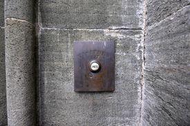 doorbel button