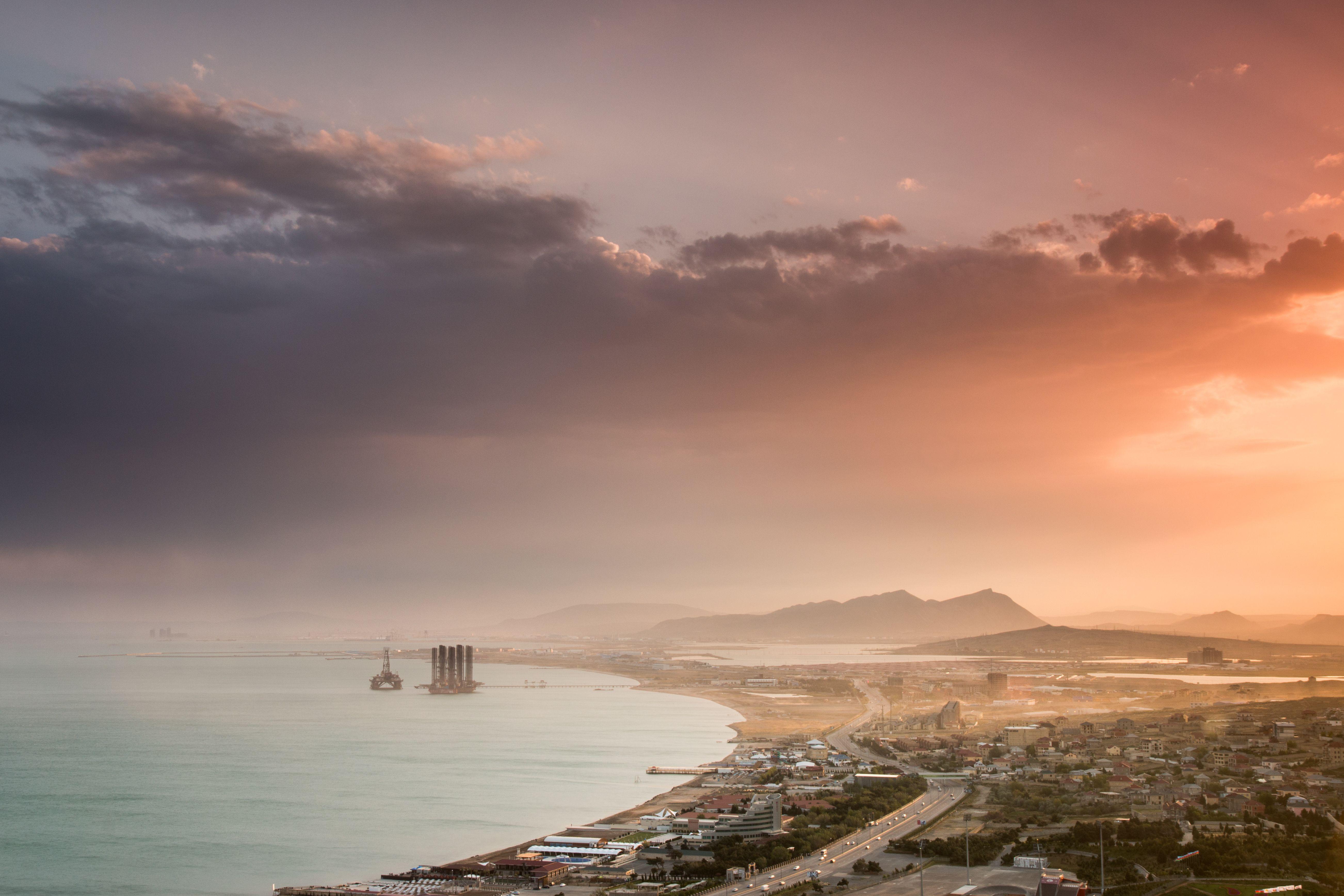Shikhovo and oil rigs on the Caspian Sea.