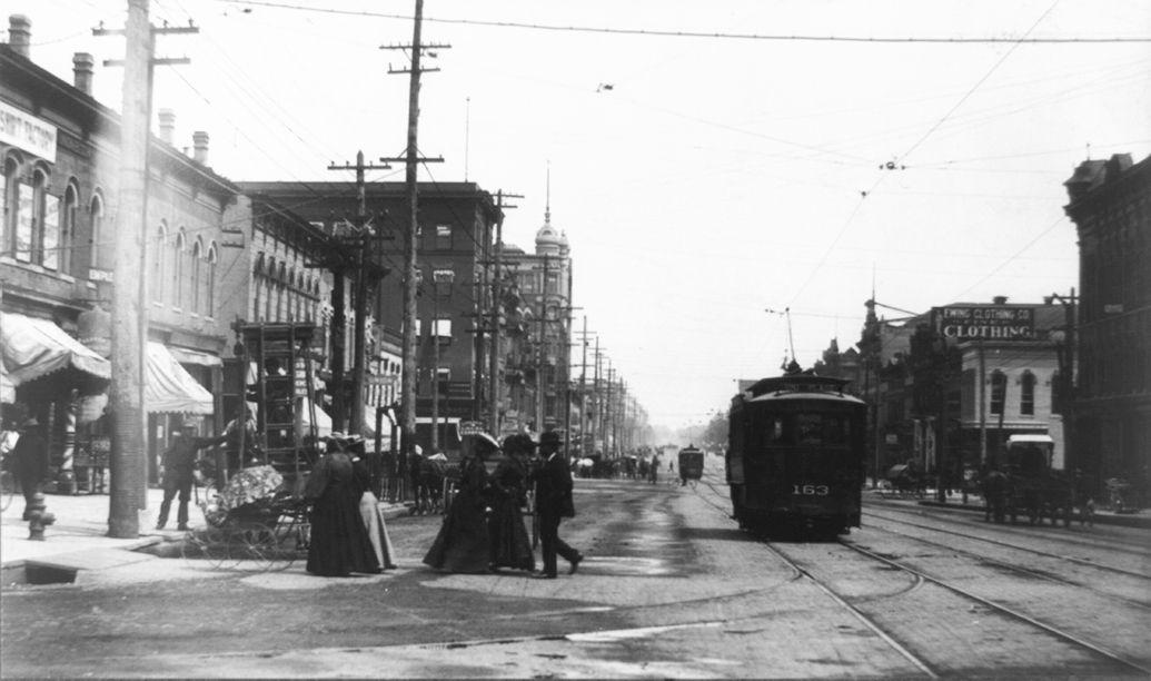 electric streetcar system in Lincoln, Nebraska circa 1901