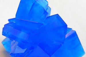 Copper sulfate crystal