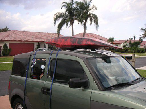 Kayak On Roof >> How To Strap A Kayak To A Roof Rack