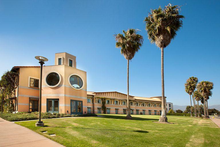University of California,Santa Barbara