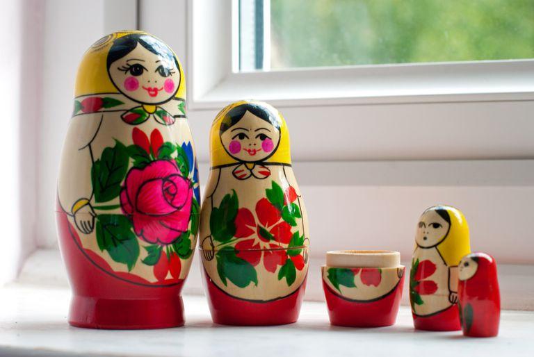 embedding - nesting dolls