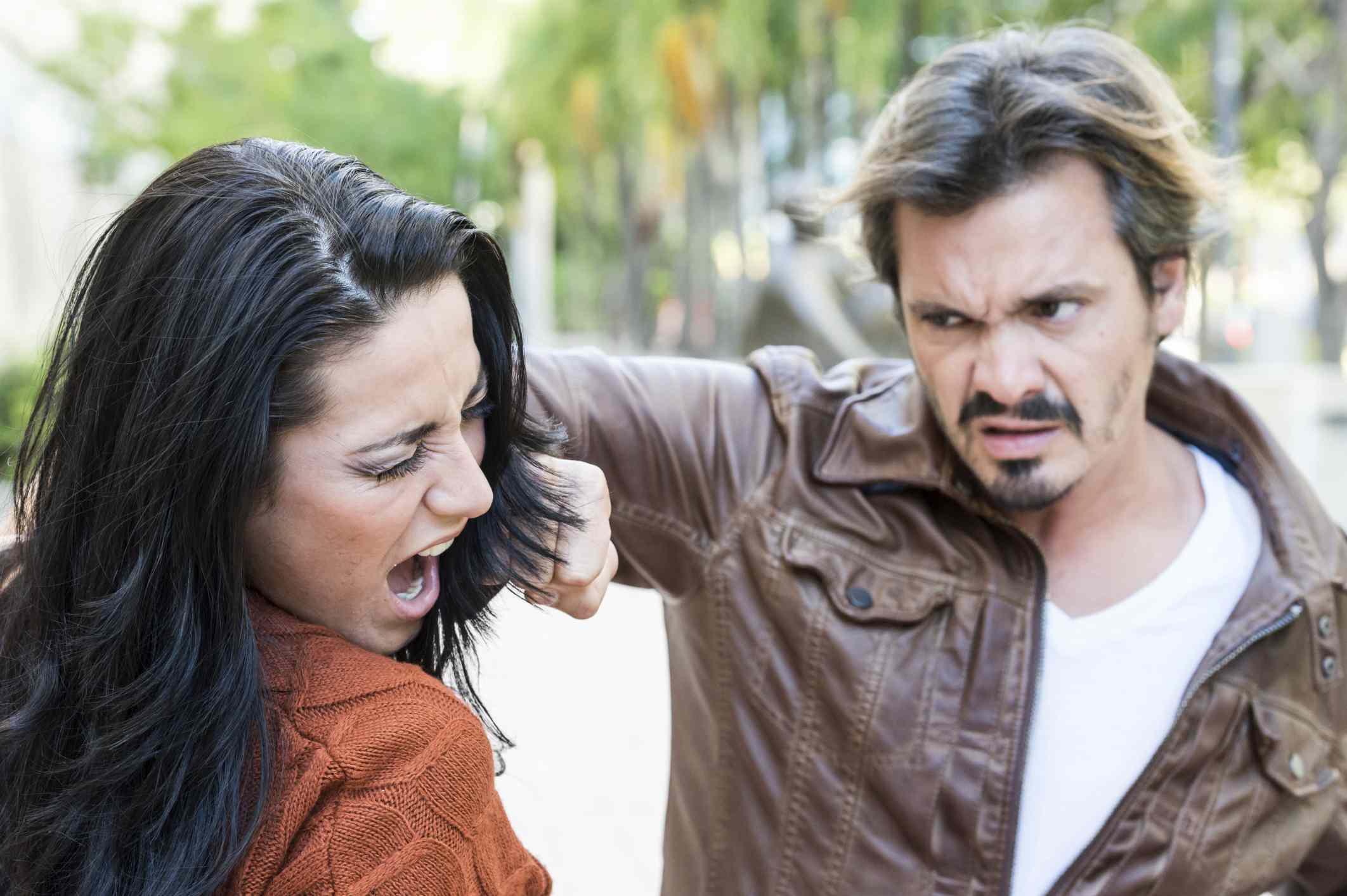 Escena de violencia doméstica