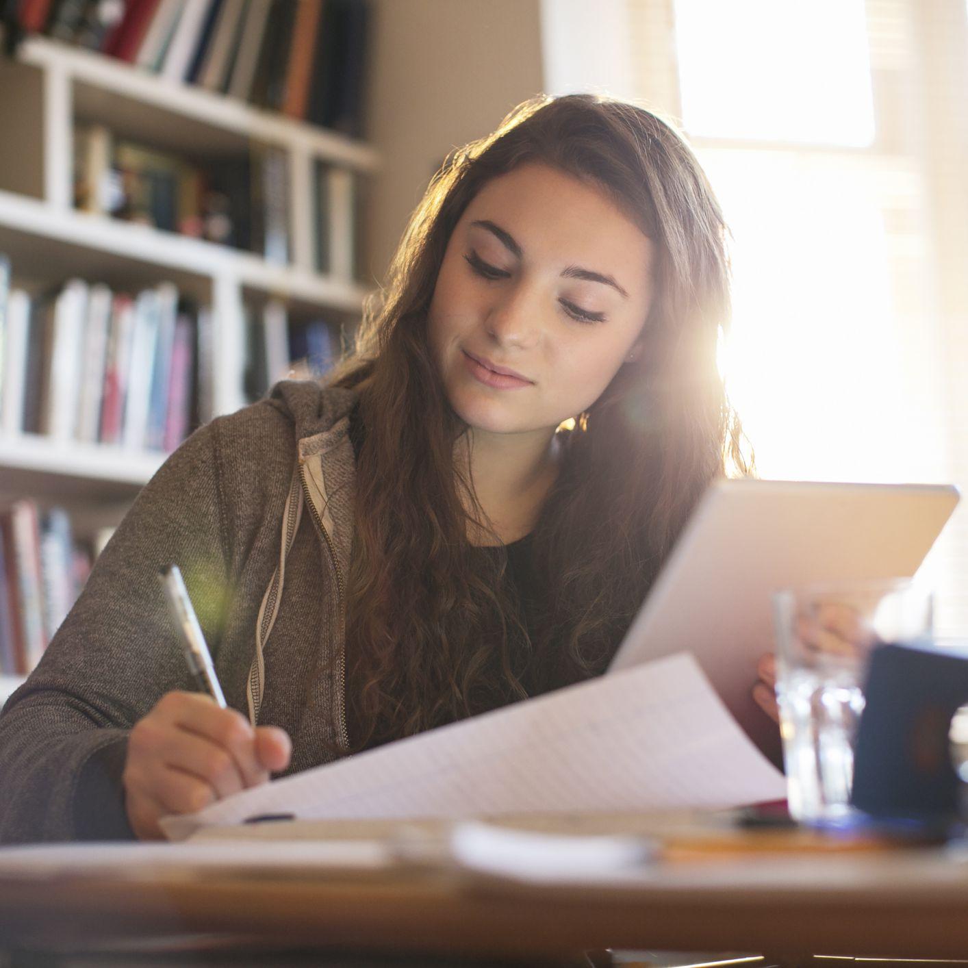 Best Ways to Study for Economics Exams