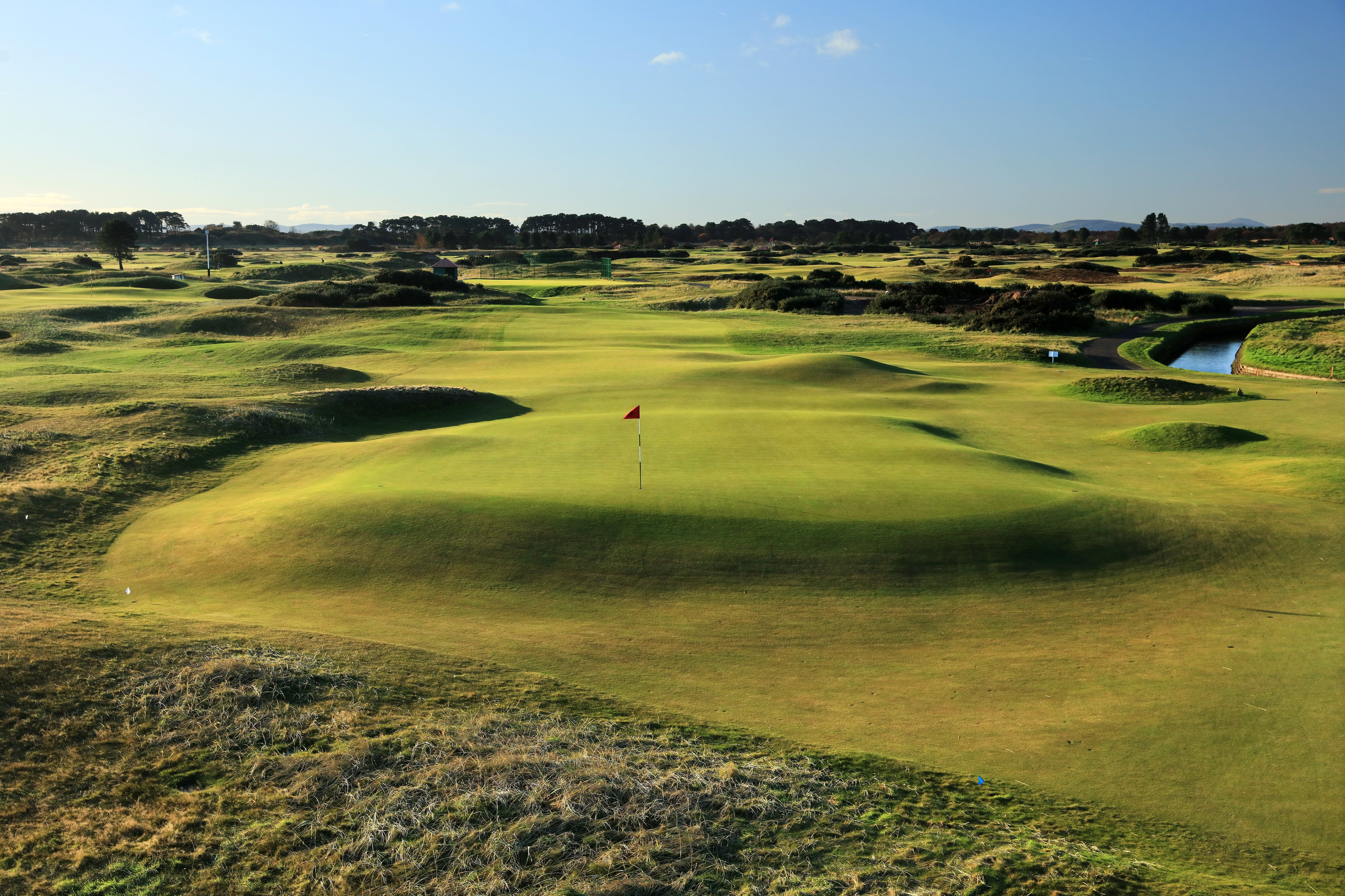 an introduction to scotland u0026 39 s carnoustie golf links