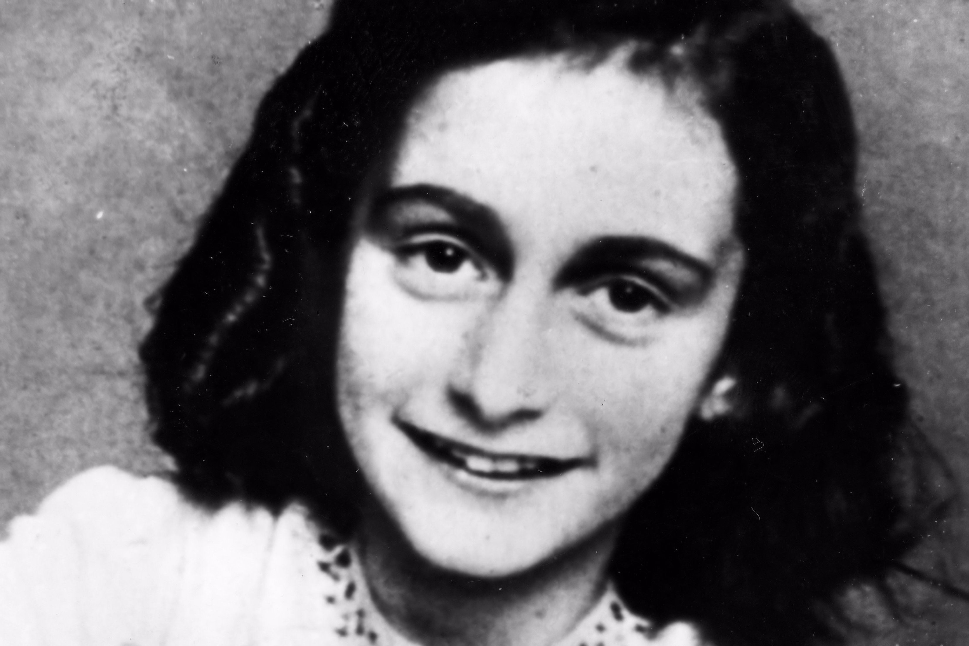 important quotes from anne frank 39 s diary. Black Bedroom Furniture Sets. Home Design Ideas