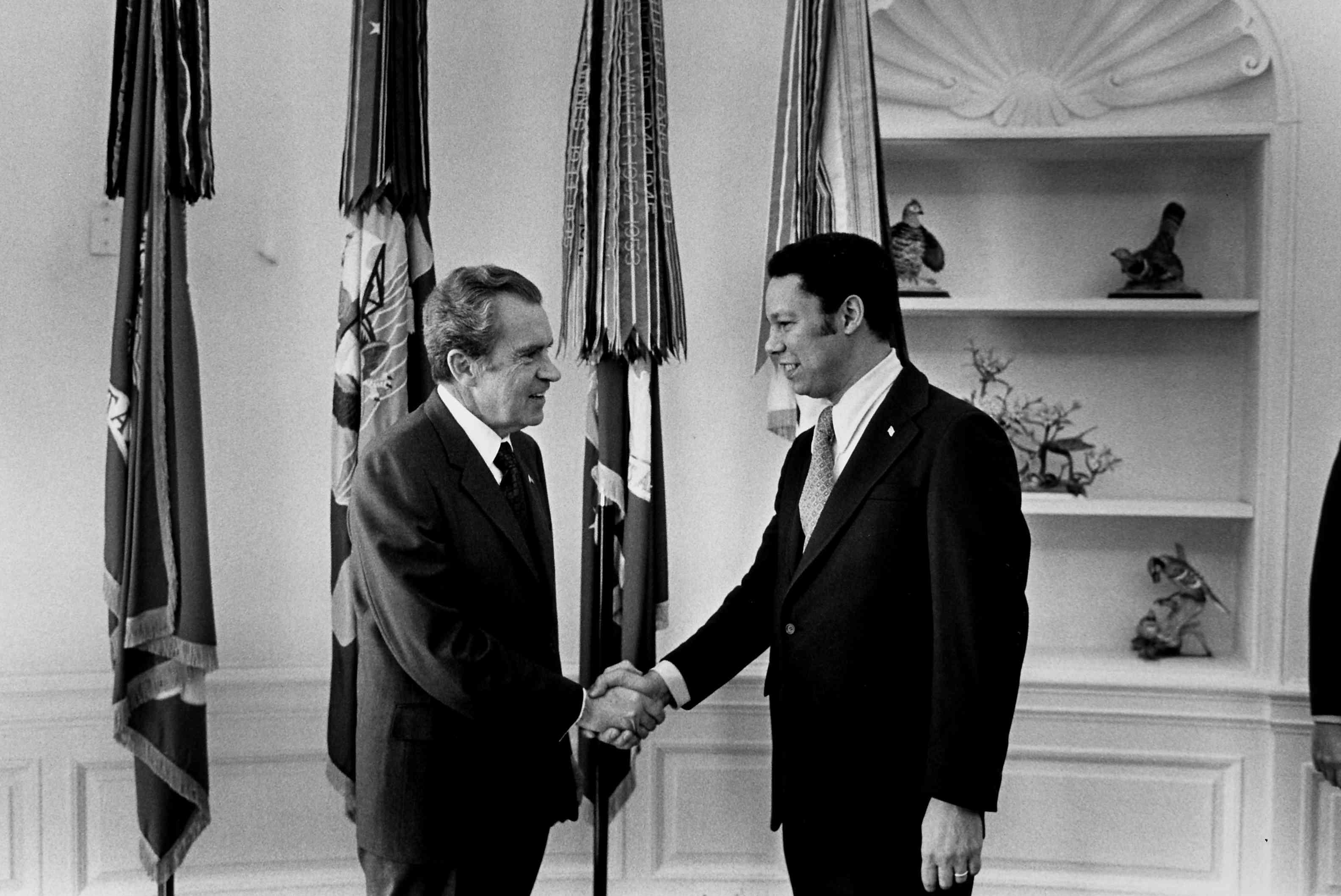 Richard M. Nixon;Colin L. Powell