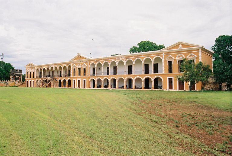Hacienda Tabi Plantation House in 2005