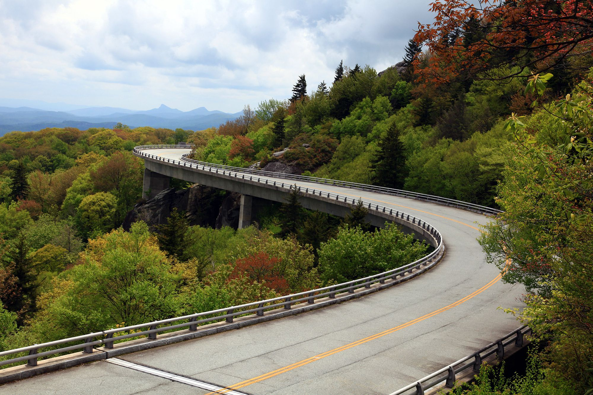 Best Used Motorcycles >> The Best Motorcycle Roads in America