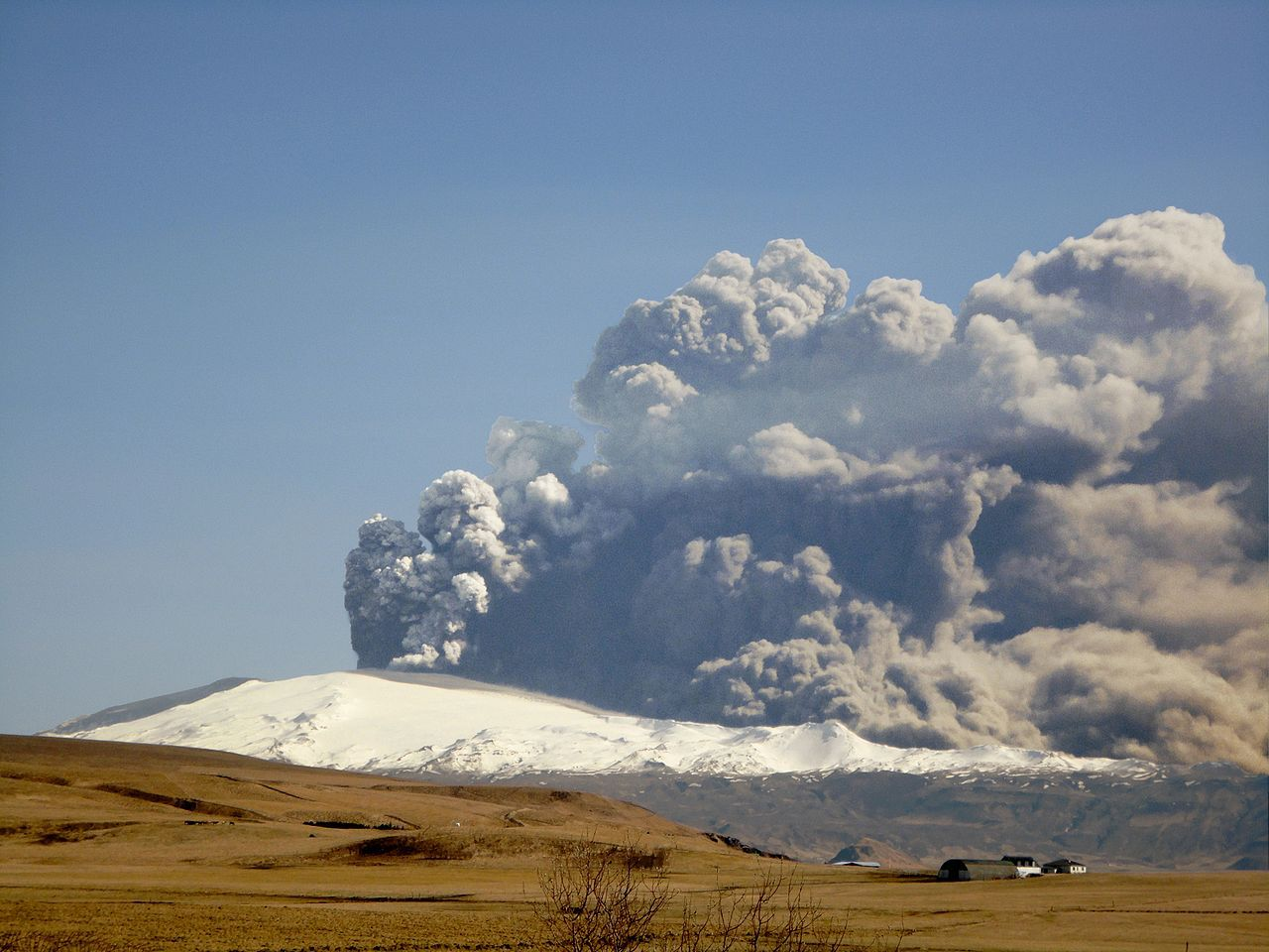 Explore the Largest Known Volcanoes