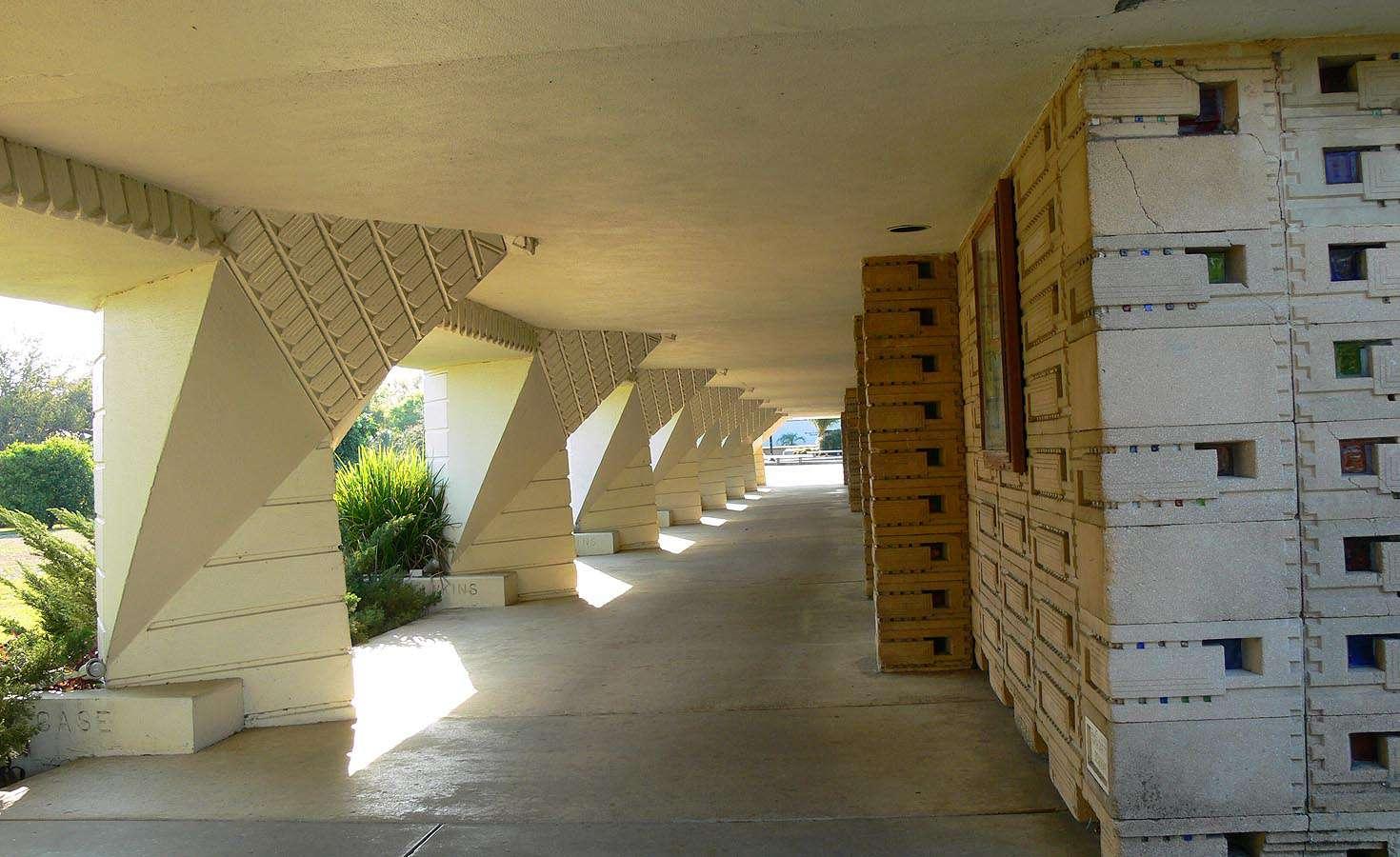 Seminar Buildings