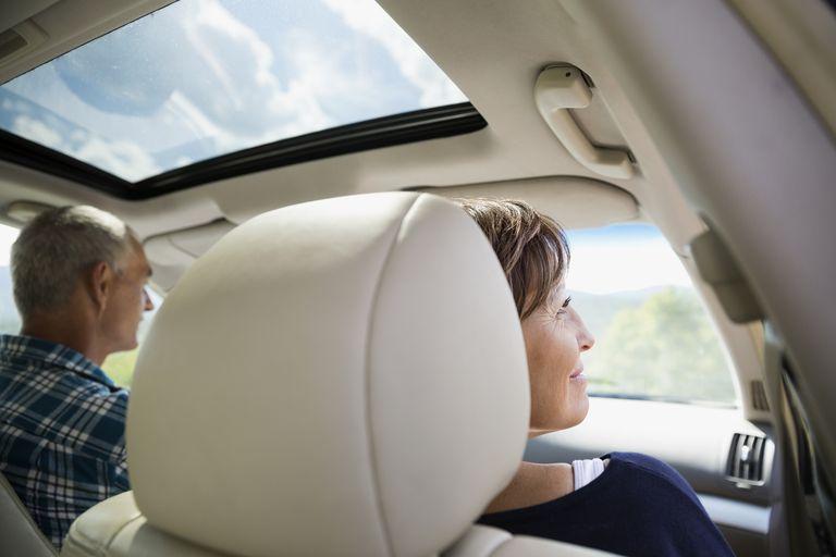 Enjoy Sunroof In Car
