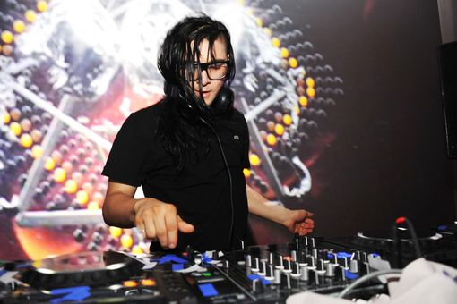 DJ Skrillex performs at the Samsung Galaxy S III Launch hosted by Ashley Greene at Skylight Studios on June 20, 2012 in New York City.