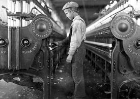 Young millworker in 1908