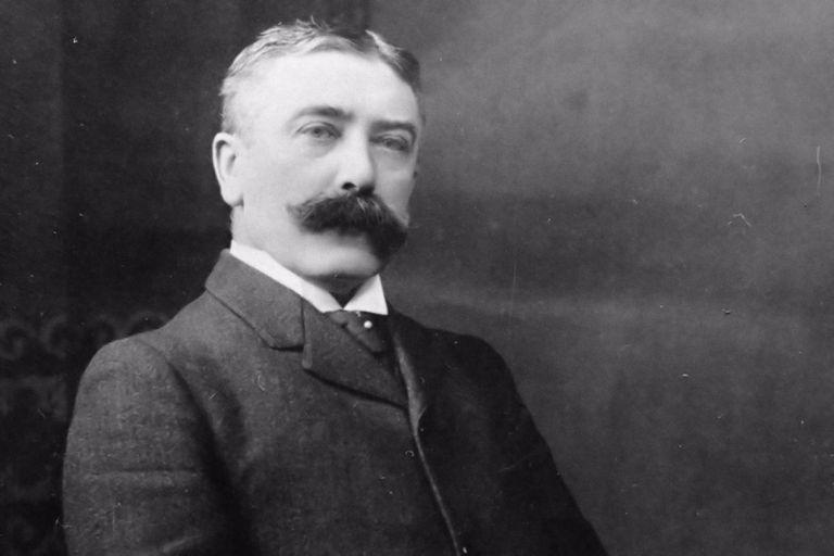 Swiss linguist Ferdinand de Saussure