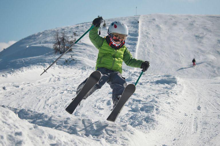Austria, Salzburg, Zauchnsee, Boy on the slope