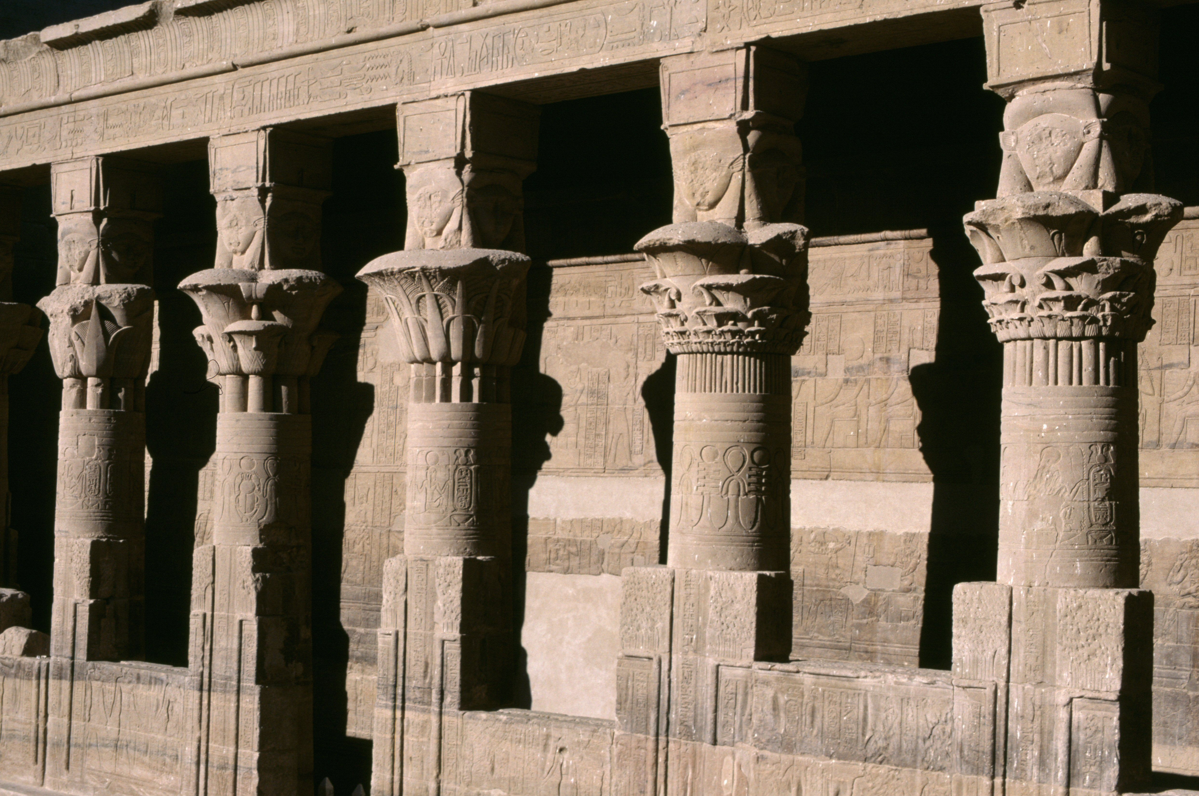 5 Ancient Egyptian Columns