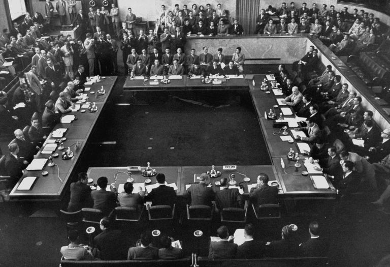 1954 Geneva Conference In Session