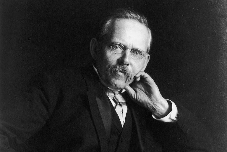 Photographic portrait of journalist Jacob Riis.
