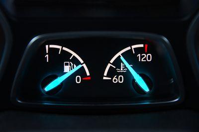 instant fuel consumption display fuel economy in mpg
