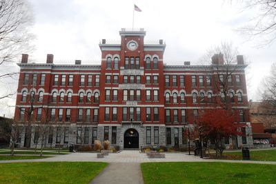 Chatham University Admissions: SAT Scores, Costs & More