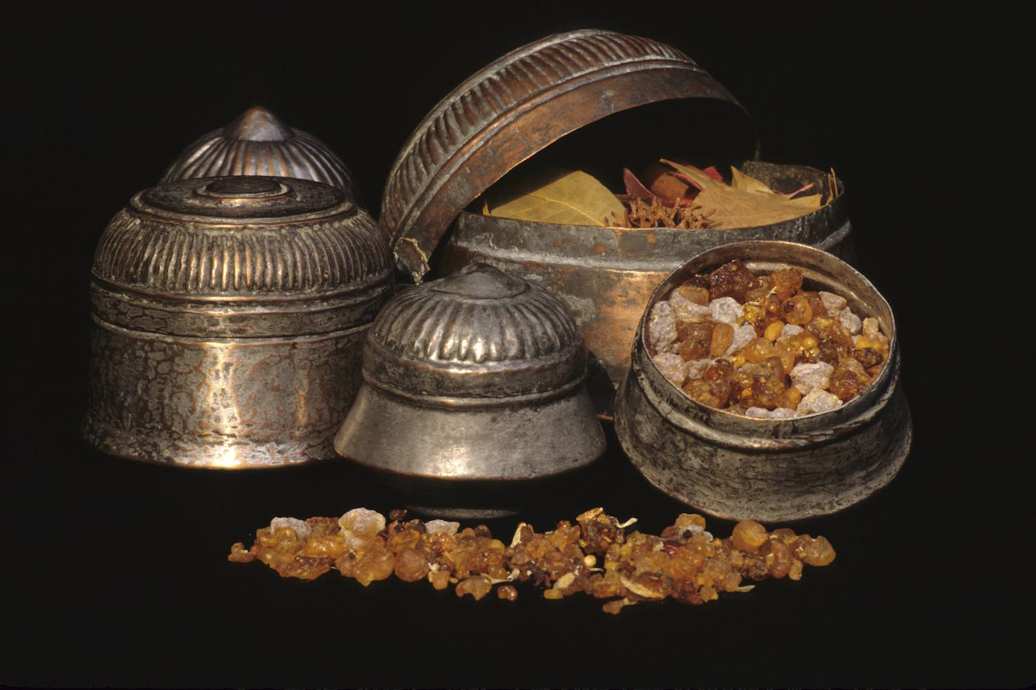 what is myrrh and frankincense used for