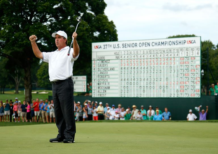 Gene Sauers celebrates his victory at the 2016 US Senior Open