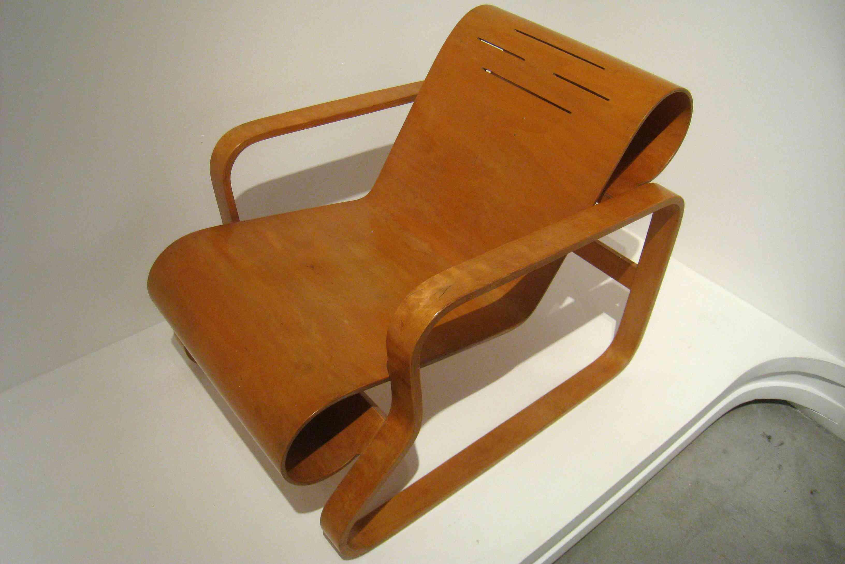 Bent wood chair designed by Alvar Aalto