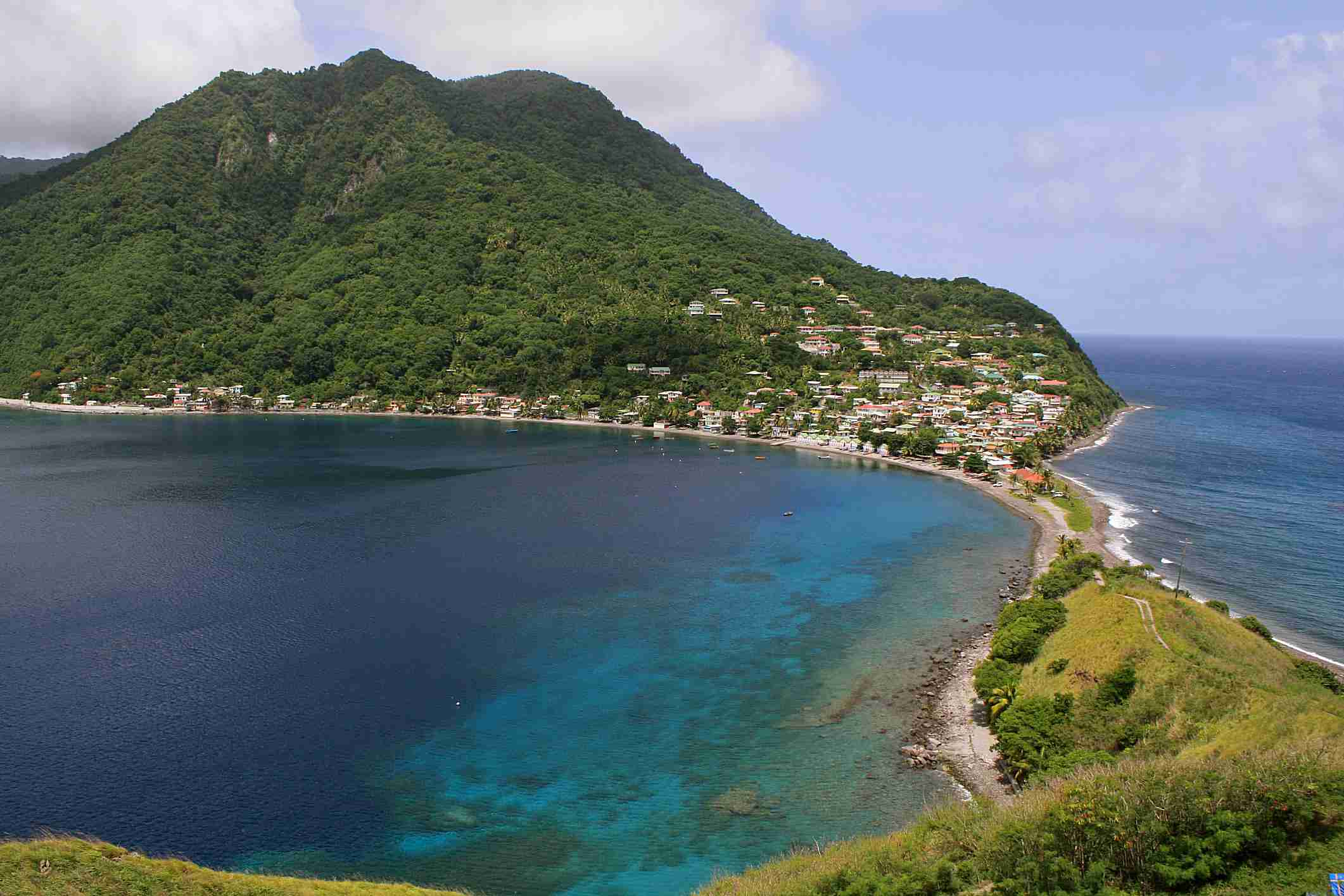 Dominica también tiene un programa de papeles por inversión