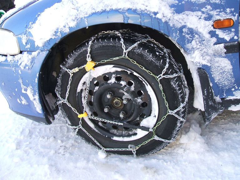 Snow tires with chains