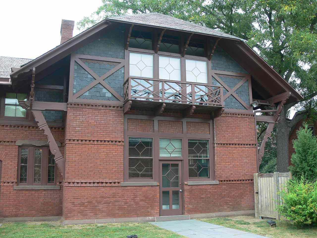 Mark Twain's carriage house had the same careful detailing as the main house.