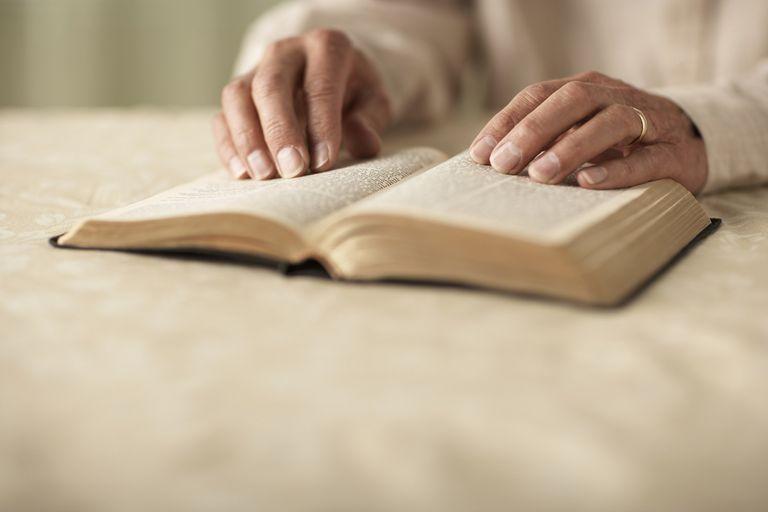 04.26.14_Study-Bible.jpg
