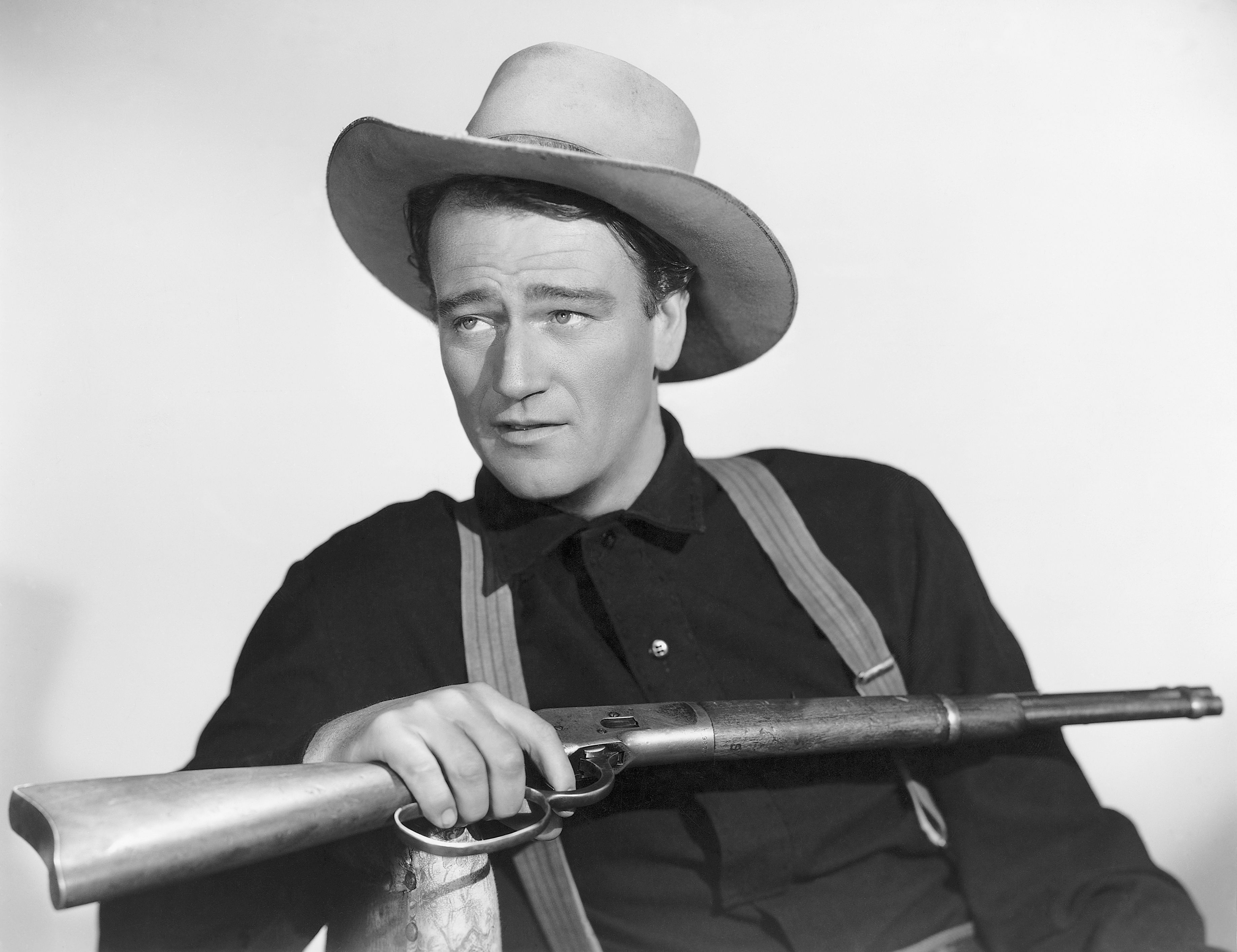 "Biography of John Wayne: ""The Duke"" of American Cinema"