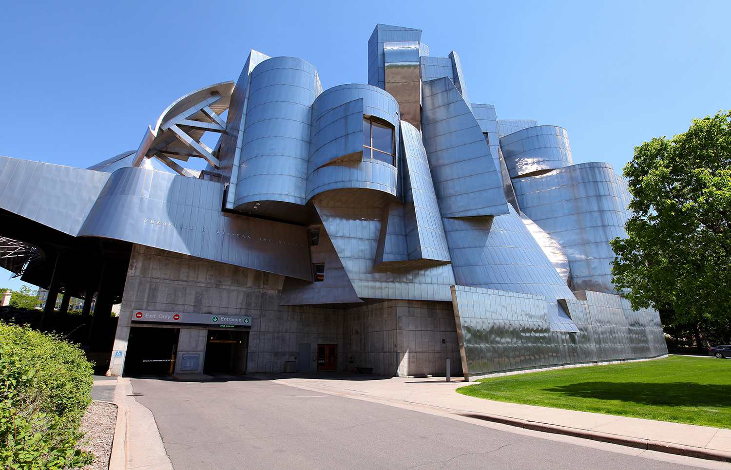 Frank Gehry's Frederick R. Weisman Art Museum on the University of Minnesota campus.