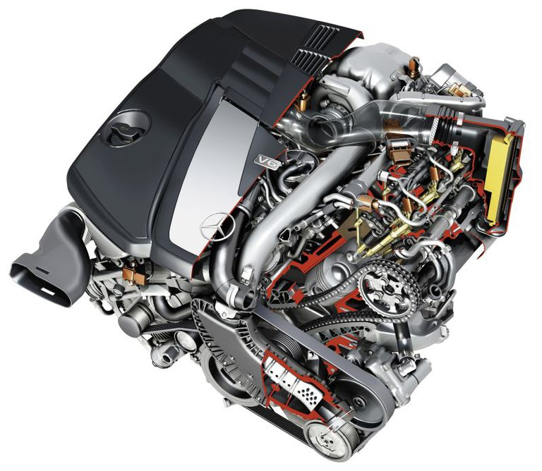 2007 Mercedes-Benz E320 BLUETEC engine cutaway