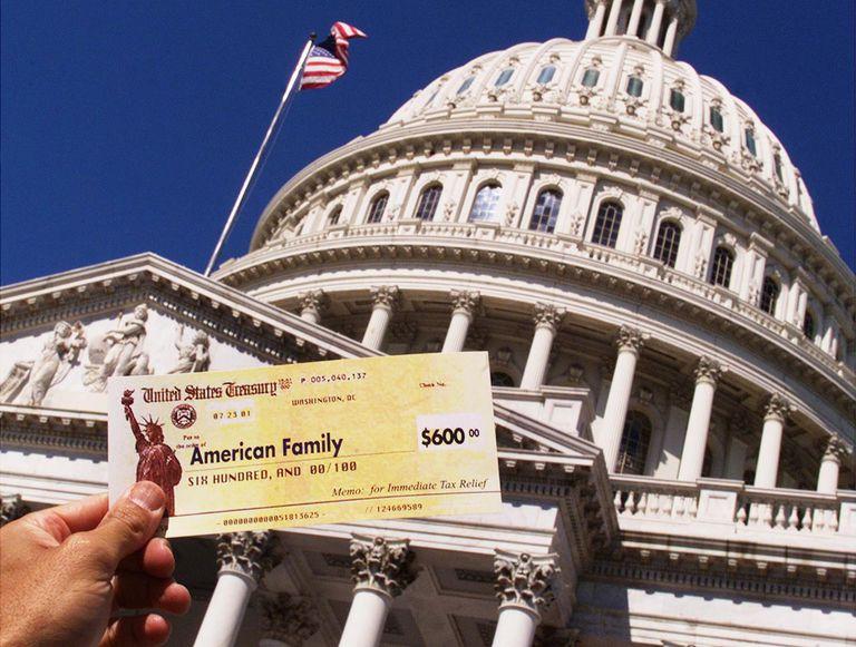 Tax Refund Checks Star of Republican Rally