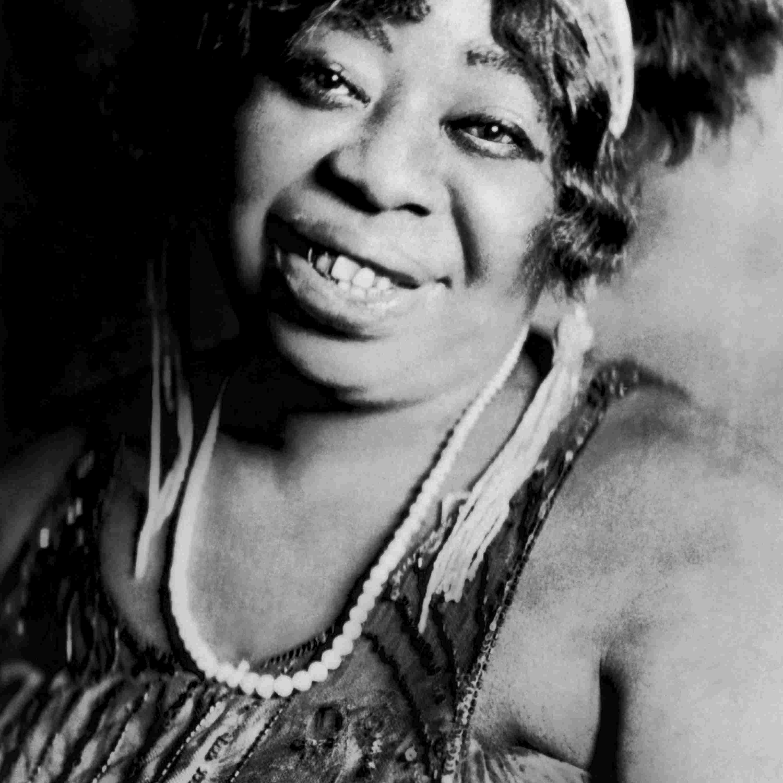 Ma Rainey alrededor de 1923.