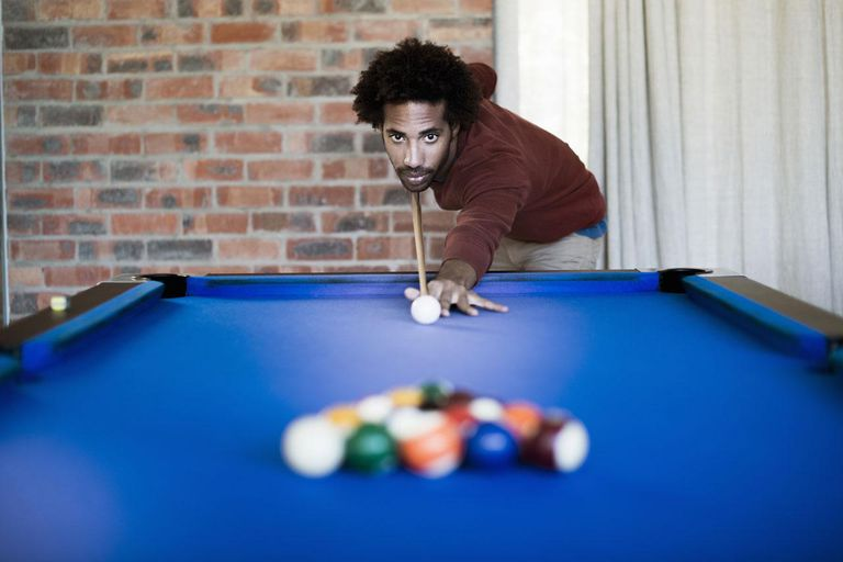 Common Mistakes In Billiards Lessons - Lifting a pool table