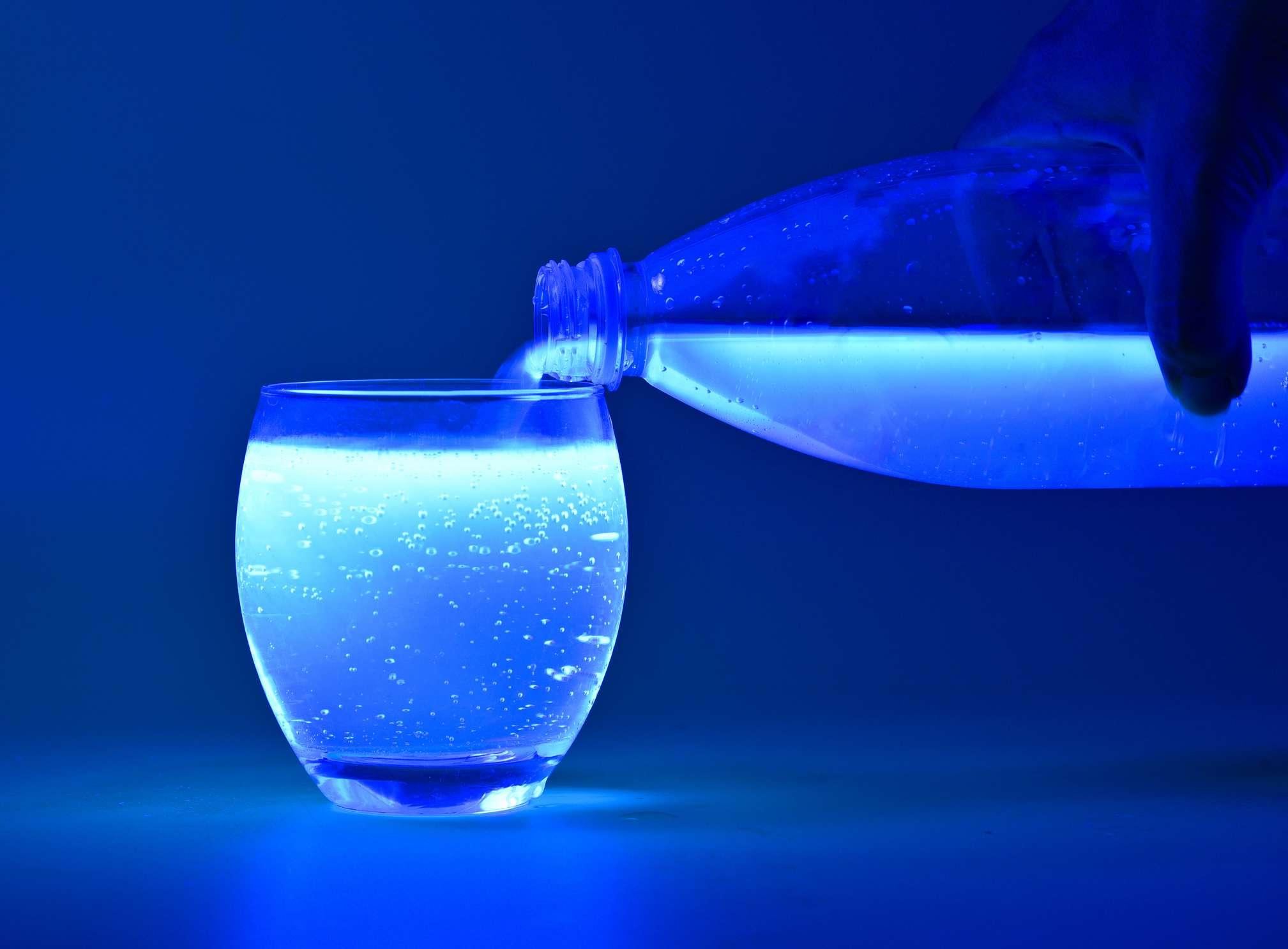 Tonic water under black light