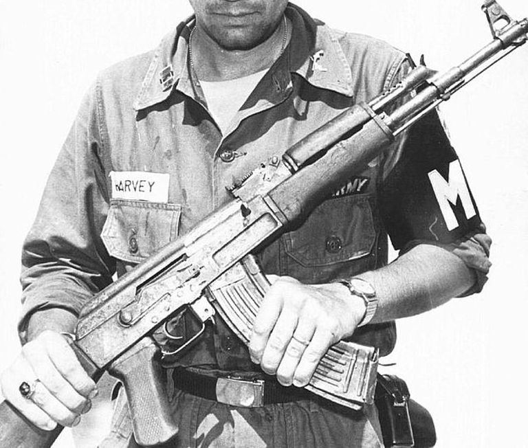 Description and History of AK-47 Assault Rifle