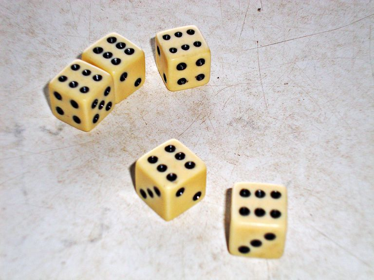 Yahtzee! 5 dice each showing 6
